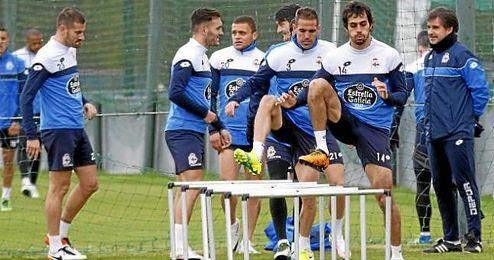 Víctor no ha podido contar por lesión para el partido de Sevilla con el centrocampista argentino Fede Cartabia.