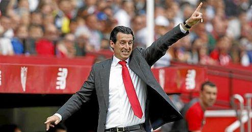 Emery, en la banda del Sánchez Pizjuán.
