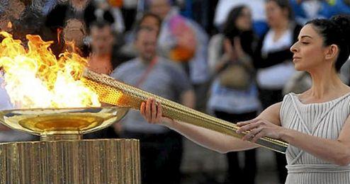 La actriz Katerina Leh� ser� la Gran Sacerdotisa de Olimpia.