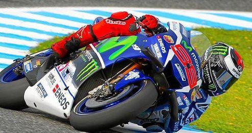 Jorge Lorenzo se impuso en los dos primeros libres.