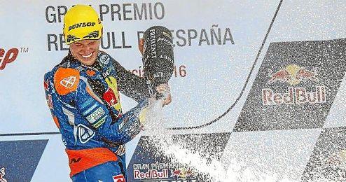Brad Binder ganó en Jerez y consolidó su liderato en la general del Mundial.