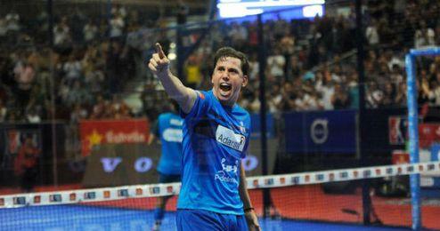 Paquito Navarro celebra su gran triunfo.