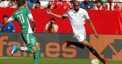 N´Zonzi pone el centro que Gameiro convertiría en el 1-0.