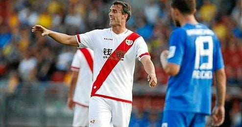Antonio Amaya con la camiseta del Rayo Vallecano.