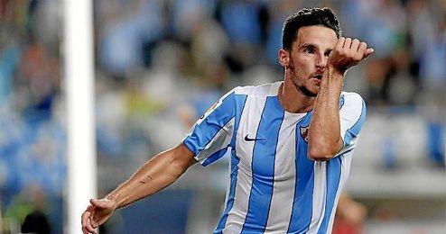 Juan Carlos cayó lesionado en el último partido del año 2015 ante el Levante en el Ciudad de Valencia.