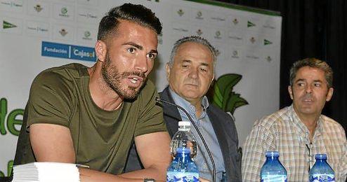 Xavi Torres, durante el acto de ´Del cole al fútbol´.