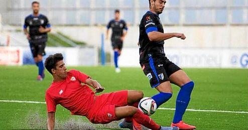 Alberto Villapalos ha debutado hoy con el segundo equipo sevillista.