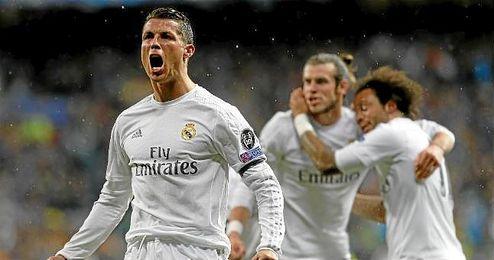 Cristiano Ronaldo celebrando uno de sus tantos al Wolfsburgo en Champions.