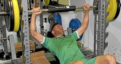Bruno, en el gimnasio de la ciudad deportiva bética.