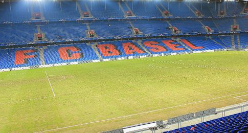 Estadio St. Jakob Park de Basilea.