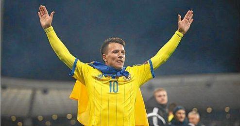 Yehven Konoplyanka, estandarte de la selección ucraniana.