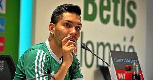 Petros Araujo, durante una rueda de prensa de esta temporada.