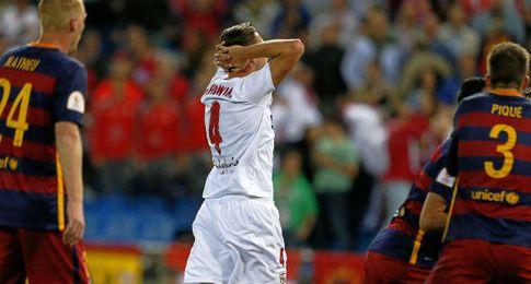 El Sevilla acaba muriendo ante un Barcelona que puso contra las cuerdas.
