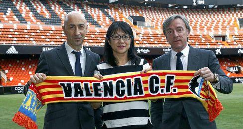García Pitarch, junto a Chan y Ayestarán.