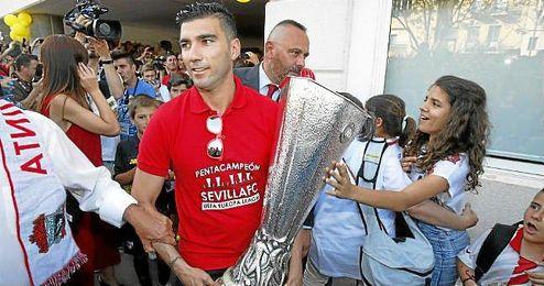 Reyes, en la celebración de la quinta Europa League.