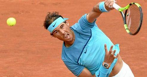 Rafa Nadal avanza con paso firme en Roland Garros, su torneo favorito