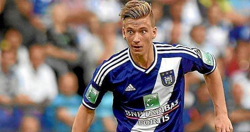 Dennis Praet, joven mediocentro del Anderlecht tiene un acuerdo con el Sevilla.