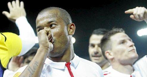 Mariano, celebrando su gol ante el Shakhtar, dedicado a su hija Giovanna.