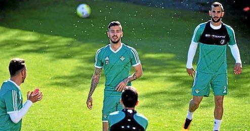 Vadillo, en un entrenamiento del Betis.