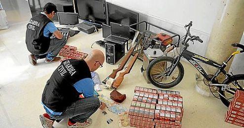 Siete detenidos y cuatro puntos de venta de droga desarticulados en La Rinconada.