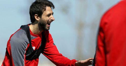 Nico Pareja no quiere salir del Sevilla.