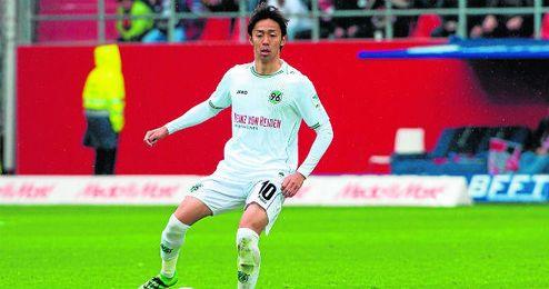 El japon�s Kiyotake, mediocentro ofensivo del Hannover 96.