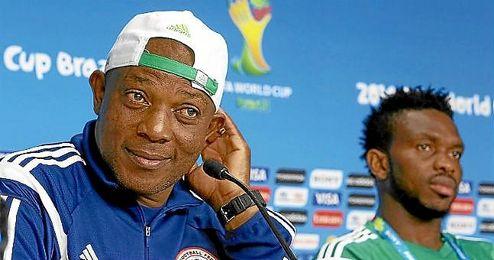 Stephen Keshi, durante una rueda de prensa en el Mundial de Brasil.