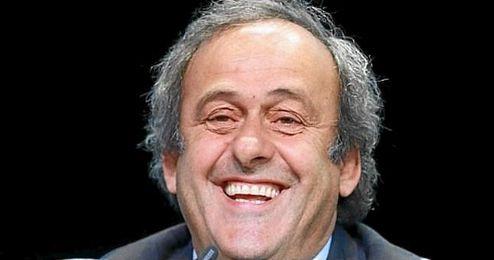 """Theodoritis: """"Michel podrá asistir a partidos como individuo, pero no en carácter oficial""""."""