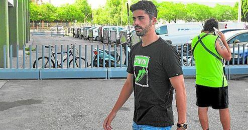 José Antonio Caro estuvo el miércoles en las oficinas del club.
