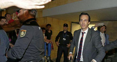 Unai Emery negocia ya con el PSG.