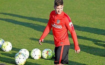 Barcelona, Valencia, Sevilla, Villarreal, Milan, Inter y Roma, han tanteado al jugador.