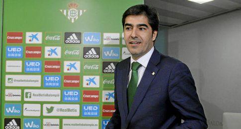 La empresa ´Bitton Sport´ ha asegurado hoy que es propietaria del 51,34 por ciento de las acciones del Real Betis.