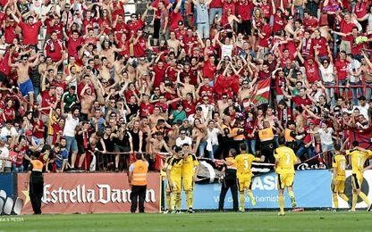 Osasuna logró el ascenso en Montilivi.