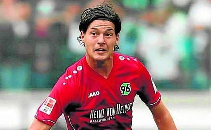 Ha compartido vestuario con Kiyotake en el Hannover 96.