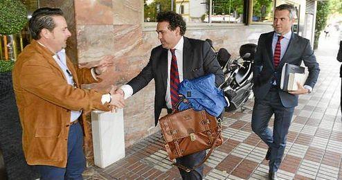 Ramón Somalo, a su llegada la última junta de accionistas del Sevilla.