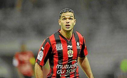 Ben Arfa, durante un partido con el Niza.