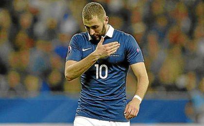 Benzema, durante un partido con Francia.