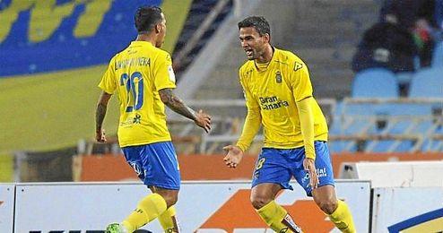 Willian José celebra un gol con la elástica de Las Palmas.