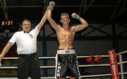 El contrato vinculará al boxeador de Etxebarri con la promotora estadounidense al menos por tres años.