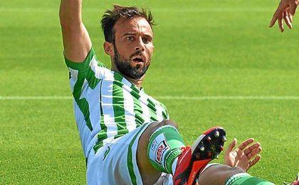 Molinero finaliza contrato con el Betis el pr�ximo 30 de junio.