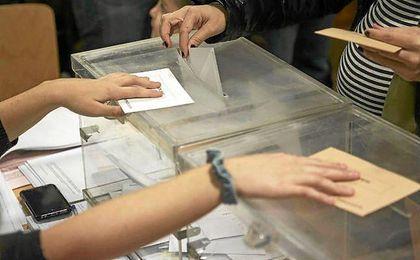 Se puede votar de 09:00 horas a 20:00 horas.