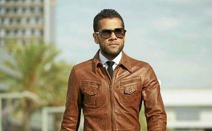 Alves debe una cantidad importante de dinero.