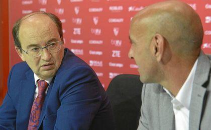 Monchi y Castro han defendido la venta de Krychowiak.