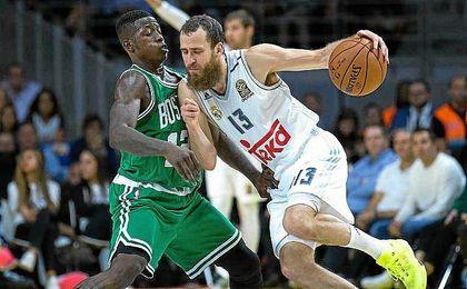 El ´Chacho´ Rodríguez durante el enfrentamiento entre Real Madrid y Boston Celtics.