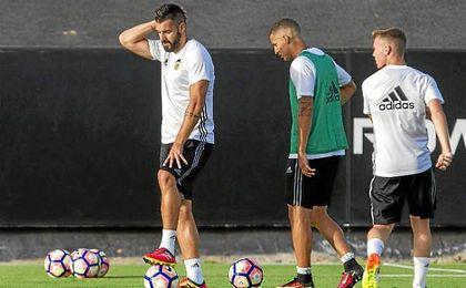Negredo ha vuelto a los entrenamientos con el Valencia.