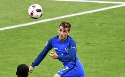 Griezmann err� el remate en la que ser�a una de las ocasiones m�s claras para Francia.