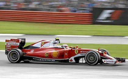 Su tiempo mejoró en 625 milésimas la marca lograda el martes por el piloto español Fernando Alonso.