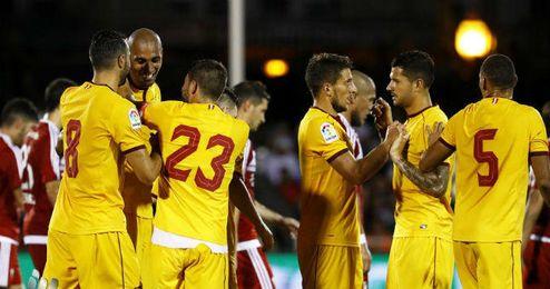 El Sevilla celebra uno de sus goles.