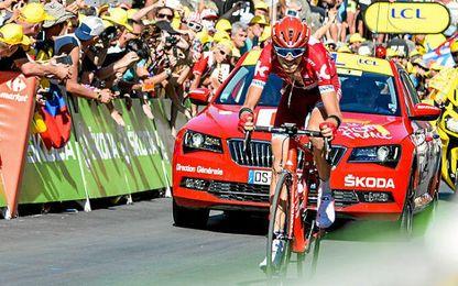 Zakarin ganó la etapa con una exhibición en la montaña.
