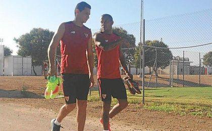 Ganso, junto a Mariano, en el entrenamiento matinal del sábado.